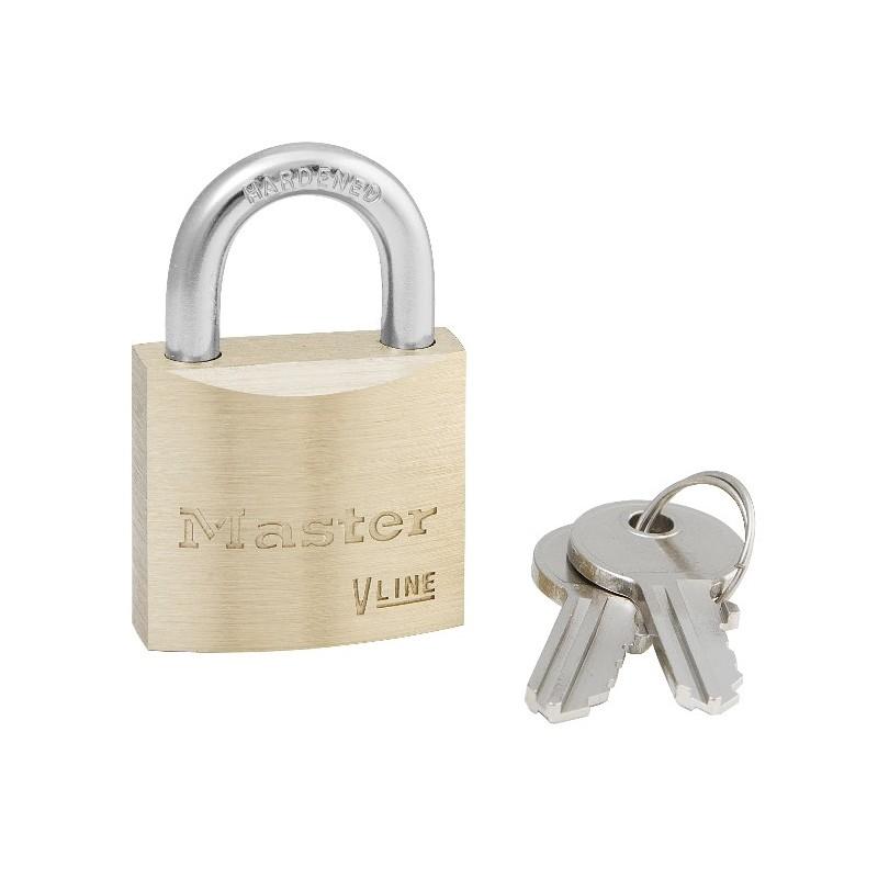 master lock 4135 cadenas laiton pour casiers et vestiaires. Black Bedroom Furniture Sets. Home Design Ideas