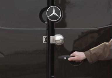 Serrure anti-effraction pour véhicules utilitaires - UFO+ Meroni